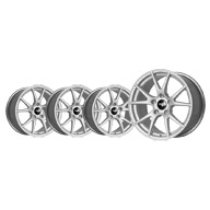 TA5R-18-wheel-set-silver-3-right-1-left-angle-ps-tn.jpg